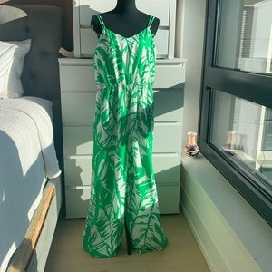 NWT Lilly Pulitzer iconic print wide leg jumpsuit